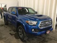 Certified Pre-Owned 2017 Toyota Tacoma TRD Sport TRD Sport Double Cab 5 Bed V6 4x4 AT 4x4 in Hiawatha, IA