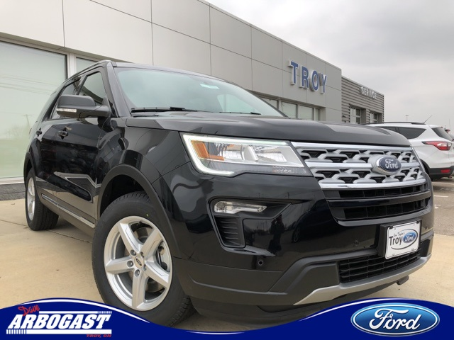 Photo New 2019 Ford Explorer XLT With Navigation
