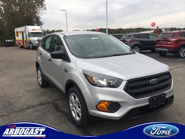 Photo New 2019 Ford Escape S FWD 4D Sport Utility