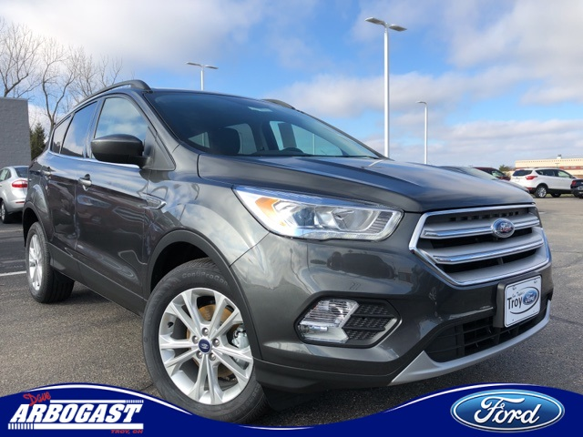 Photo New 2019 Ford Escape SEL FWD 4D Sport Utility