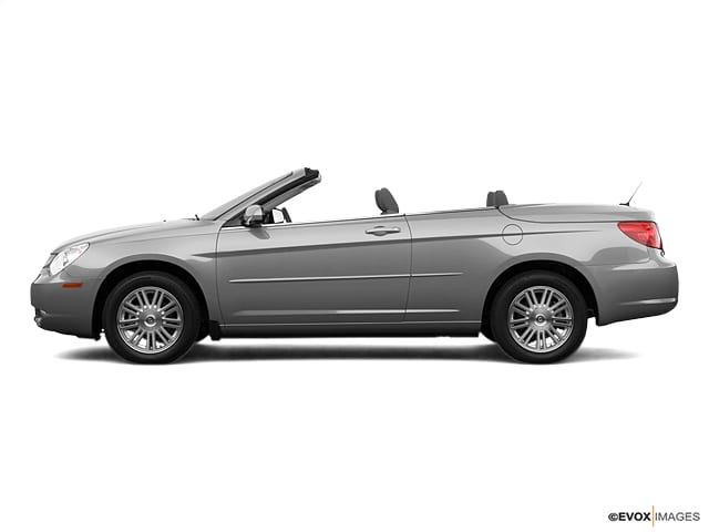Photo Pre-Owned 2008 Chrysler Sebring LX Convertible in Jacksonville FL