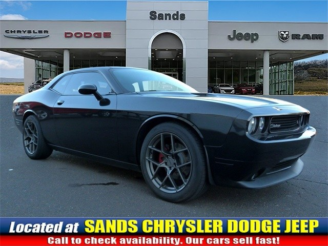 Photo 2014 Dodge Challenger RT Coupe For Sale in Quakertown, PA