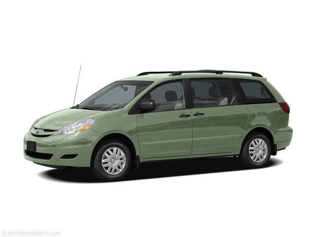 Used 2006 Toyota Sienna For sale in North Attleboro, Massachusetts
