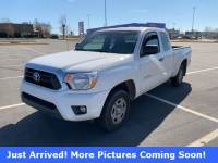 Pre-Owned 2014 Toyota Tacoma Truck Access Cab