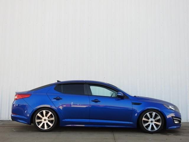 Photo 2013 Kia Optima SX Sedan Front-wheel Drive For Sale Serving Dallas Area