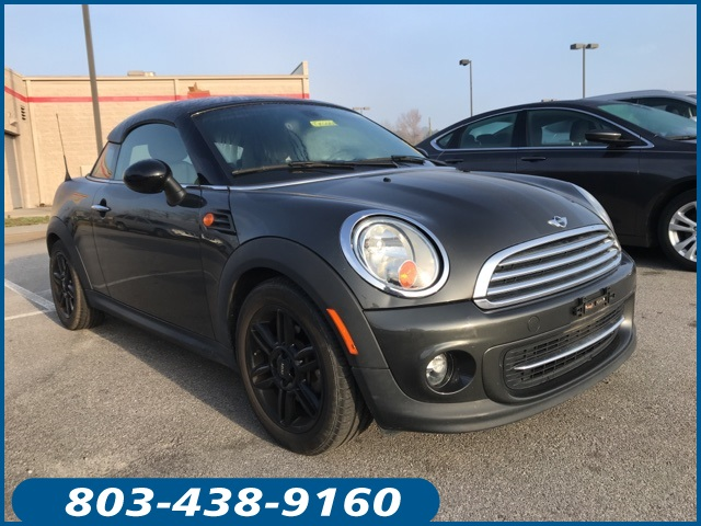 Photo Pre-Owned 2015 MINI Cooper Base FWD 2D Coupe