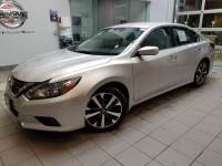 2017 Nissan Altima 2.5 SR Sedan Front-wheel Drive