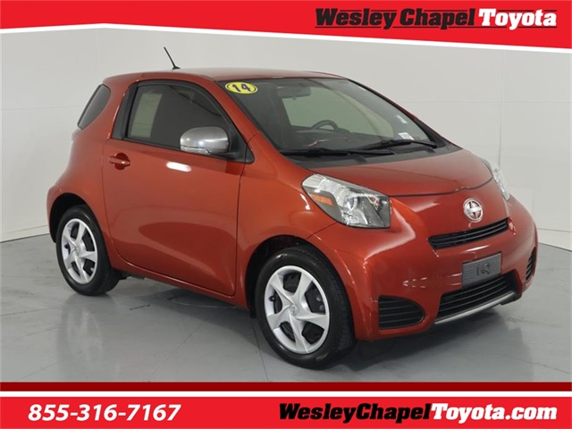 Photo Pre-Owned 2014 Scion iQ Base FWD 2D Hatchback
