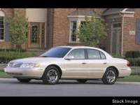 Used 2002 Lincoln Continental Sedan Front-wheel Drive in Cockeysville, MD