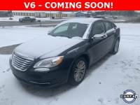 Used 2013 Chrysler 200 Limited Sedan For Sale St. Clair , Michigan