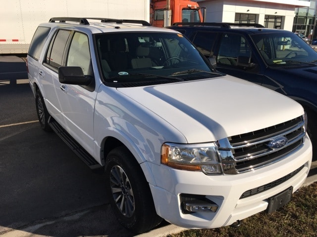 Photo Used 2017 Ford Expedition XLT 4x4 For Sale Suffolk, VA