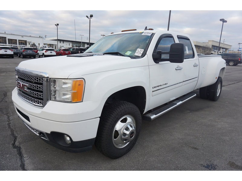 Photo 2013 GMC Sierra 3500HD 3500HD Denali 4WD 167WB Crew Cab
