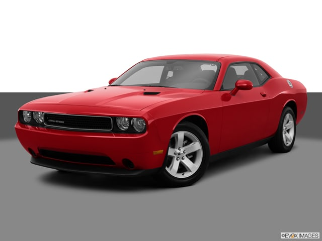 Photo Used 2013 Dodge Challenger SXT ONE OWNER VERY LOW MILES CLEAN CONDITION in Ardmore, OK