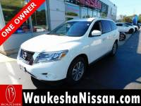 Certified Pre-Owned 2016 Nissan Pathfinder S SUV in Waukesha, WI