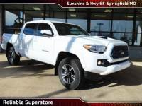 2018 Toyota Tacoma TRD Sport Truck 4WD For Sale in Springfield Missouri
