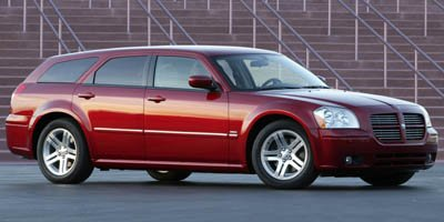 Photo PRE-OWNED 2005 DODGE MAGNUM RT RWD STATION WAGON