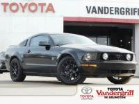 2006 Ford Mustang GT Deluxe Coupe Rear-wheel Drive