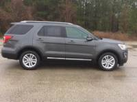 2016 Ford Explorer FWD 4dr XLT Sport Utility for Sale in Mt. Pleasant, Texas