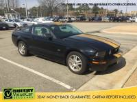 2006 Ford Mustang GT Premium Coupe V-8 cyl