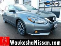 Certified Pre-Owned 2017 Nissan Altima 2.5 SR Sedan in Waukesha, WI
