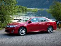 2014 Toyota Camry LE Sedan Front-wheel Drive