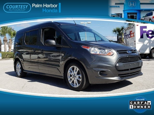 Photo Pre-Owned 2017 Ford Transit Connect XLT wRear Liftgate Wagon in Tampa FL