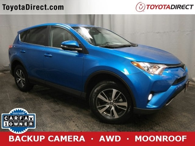 Photo 2018 Toyota RAV4 XLE SUV All-wheel Drive