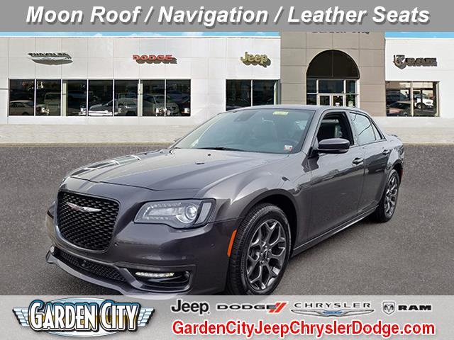 Photo Certified Used 2018 Chrysler 300 300S 300S AWD For Sale  Hempstead, Long Island, NY