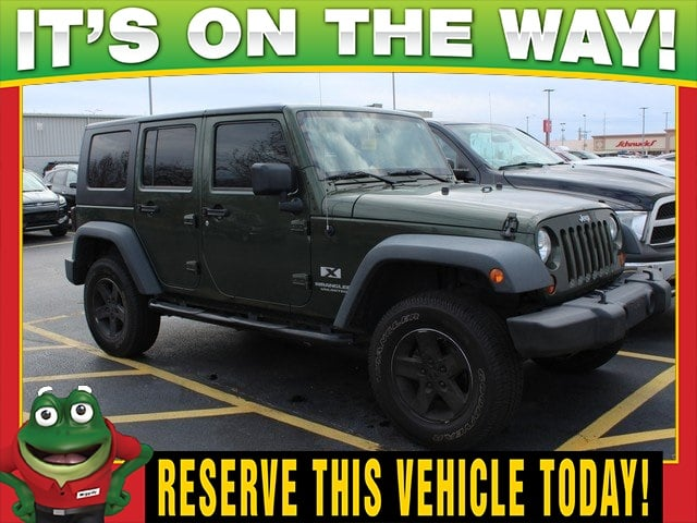 Photo Used 2008 Jeep Wrangler Unlimited X 4WD - Tow Package - Hard Top For Sale Near St. Louis
