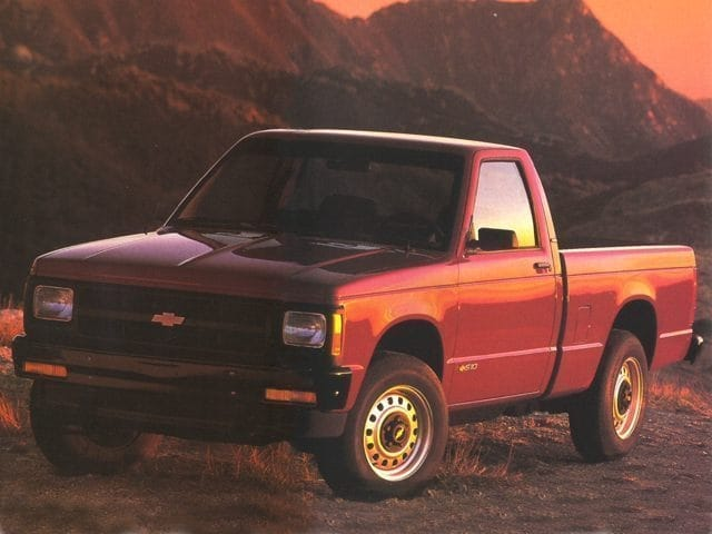 Photo Pre-Owned 1993 Chevrolet S-10 Base Truck Standard Cab in Greensboro NC
