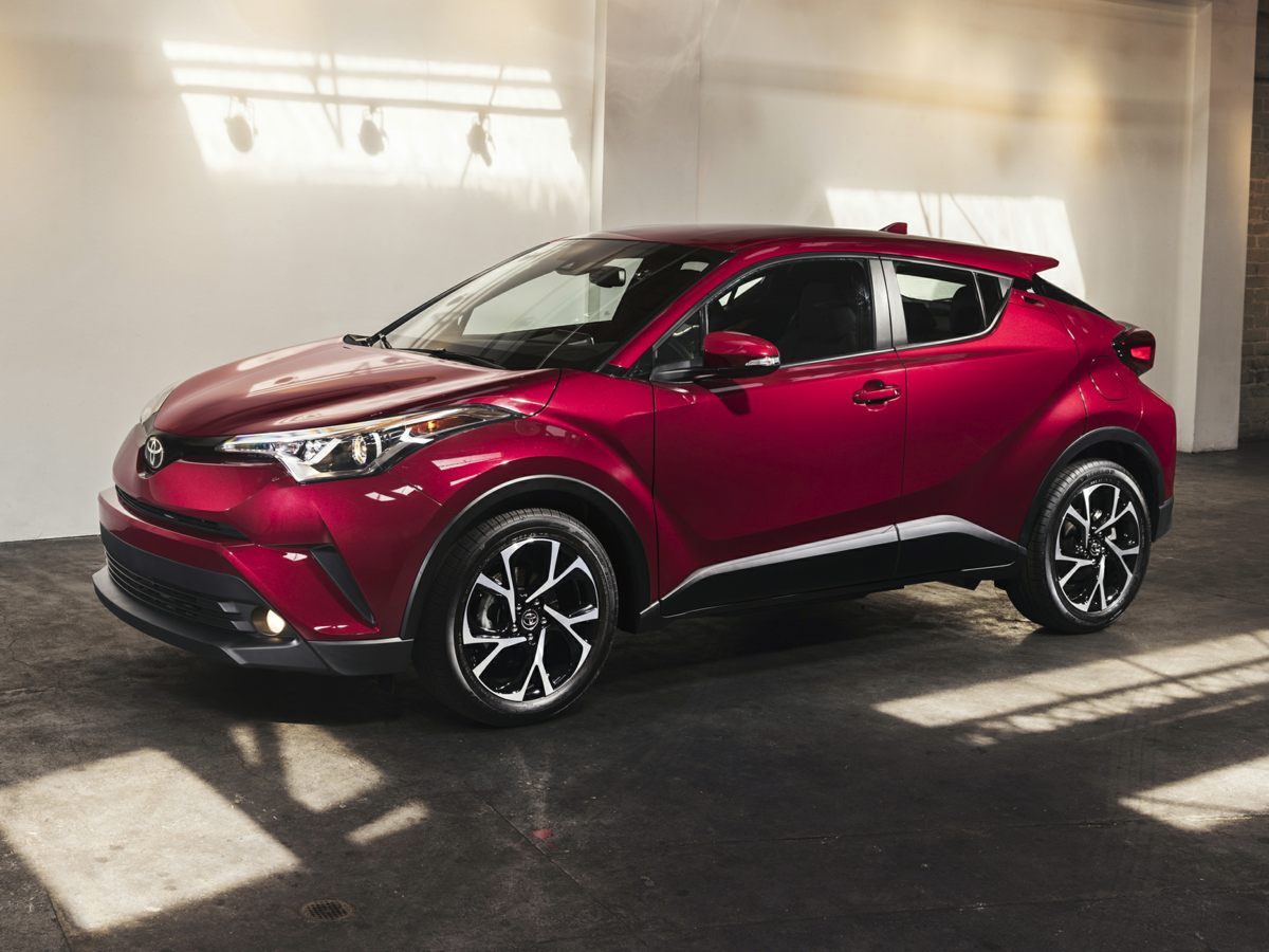 Photo Used 2018 Toyota C-HR XLE for Sale in Tacoma, near Auburn WA