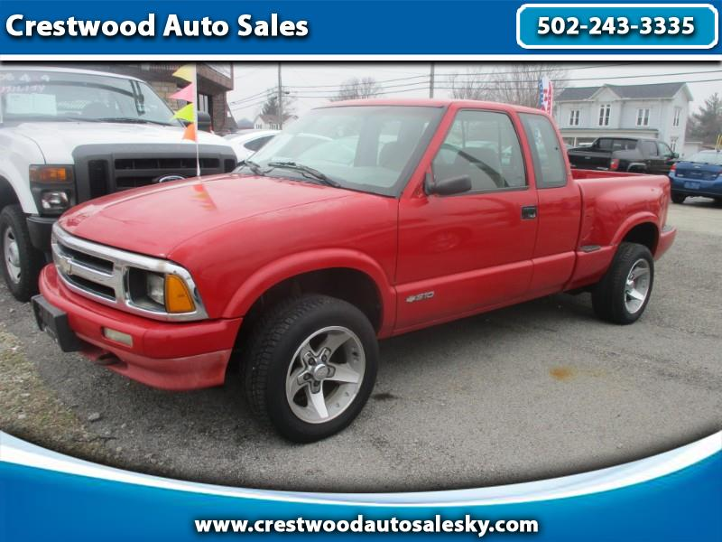 Photo 1997 Chevrolet S10 Pickup LS Ext. Cab 4WD