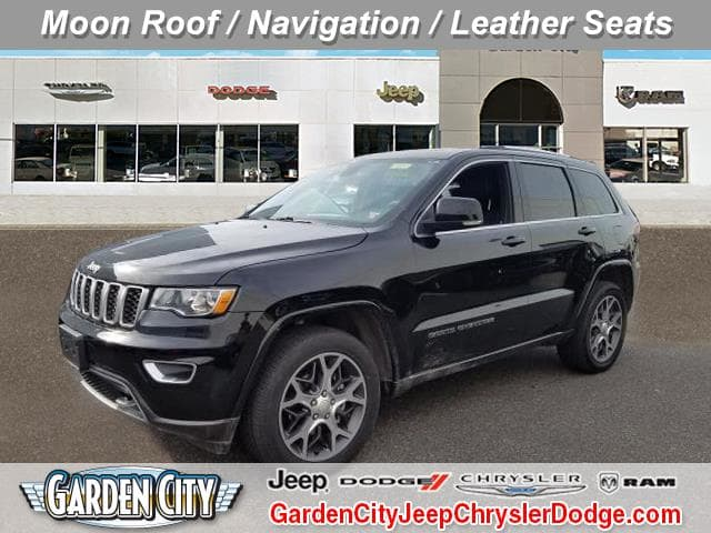 Photo Certified Used 2018 Jeep Grand Cherokee Sterling Edition Sterling Edition 4x4 Ltd Avail For Sale  Hempstead, Long Island, NY
