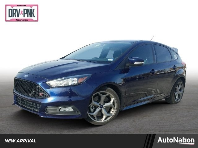 Photo 2017 Ford Focus ST Base