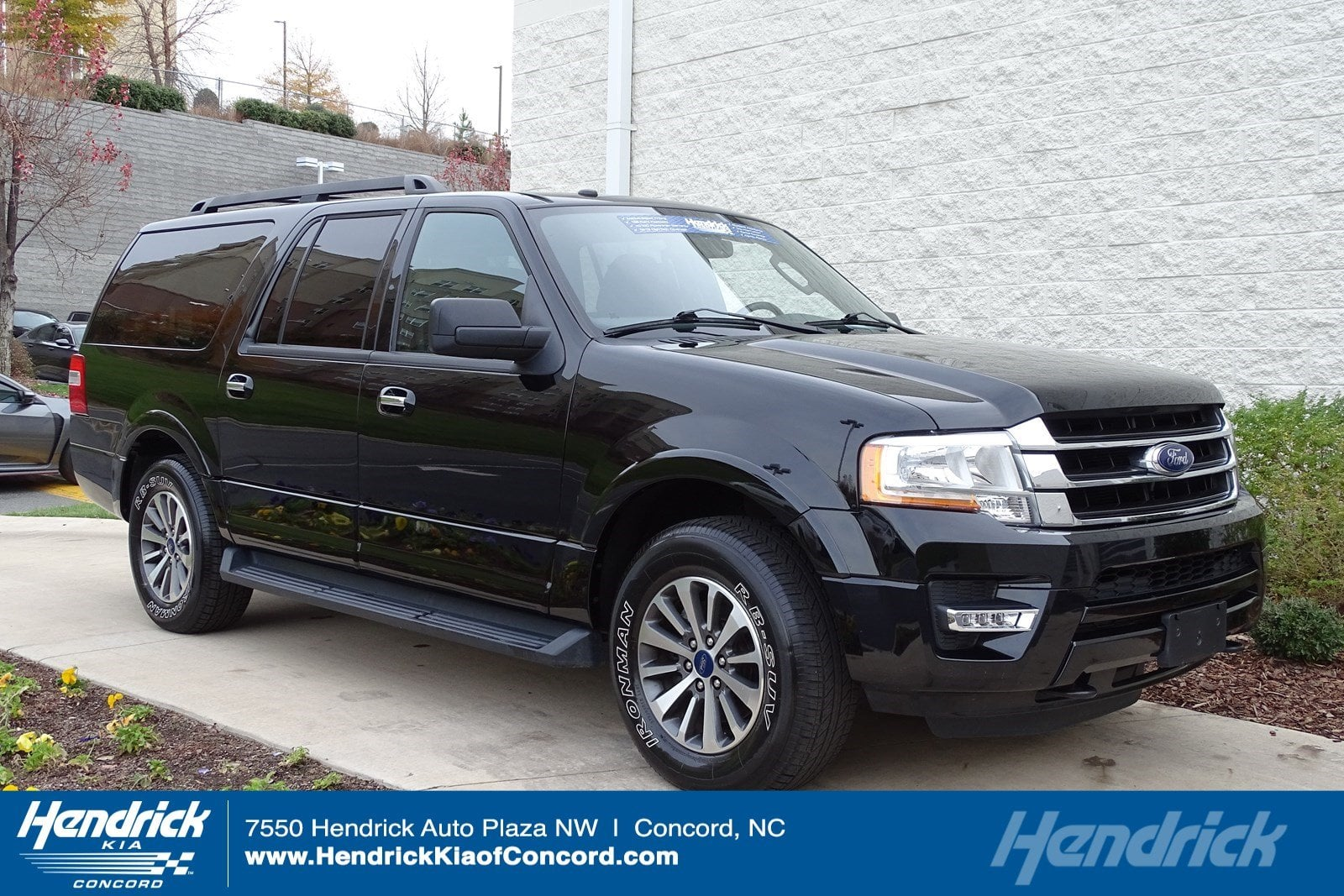 Photo 2017 Ford Expedition EL XLT XLT 4x4