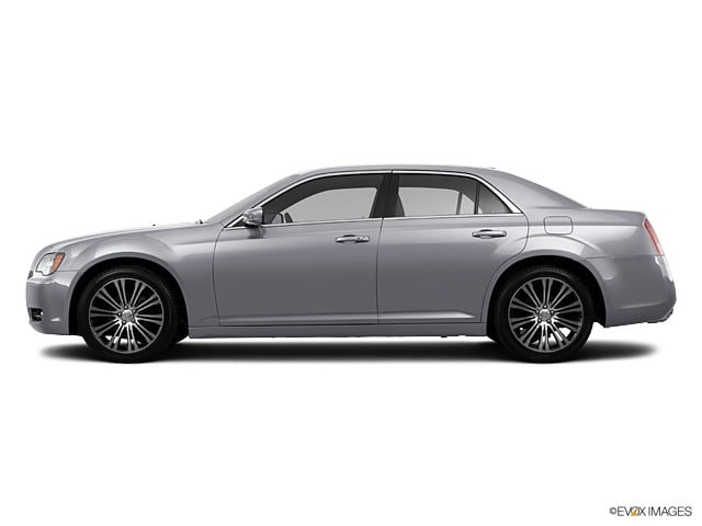 Photo Used 2013 Chrysler 300 300S For Sale Grapevine, TX