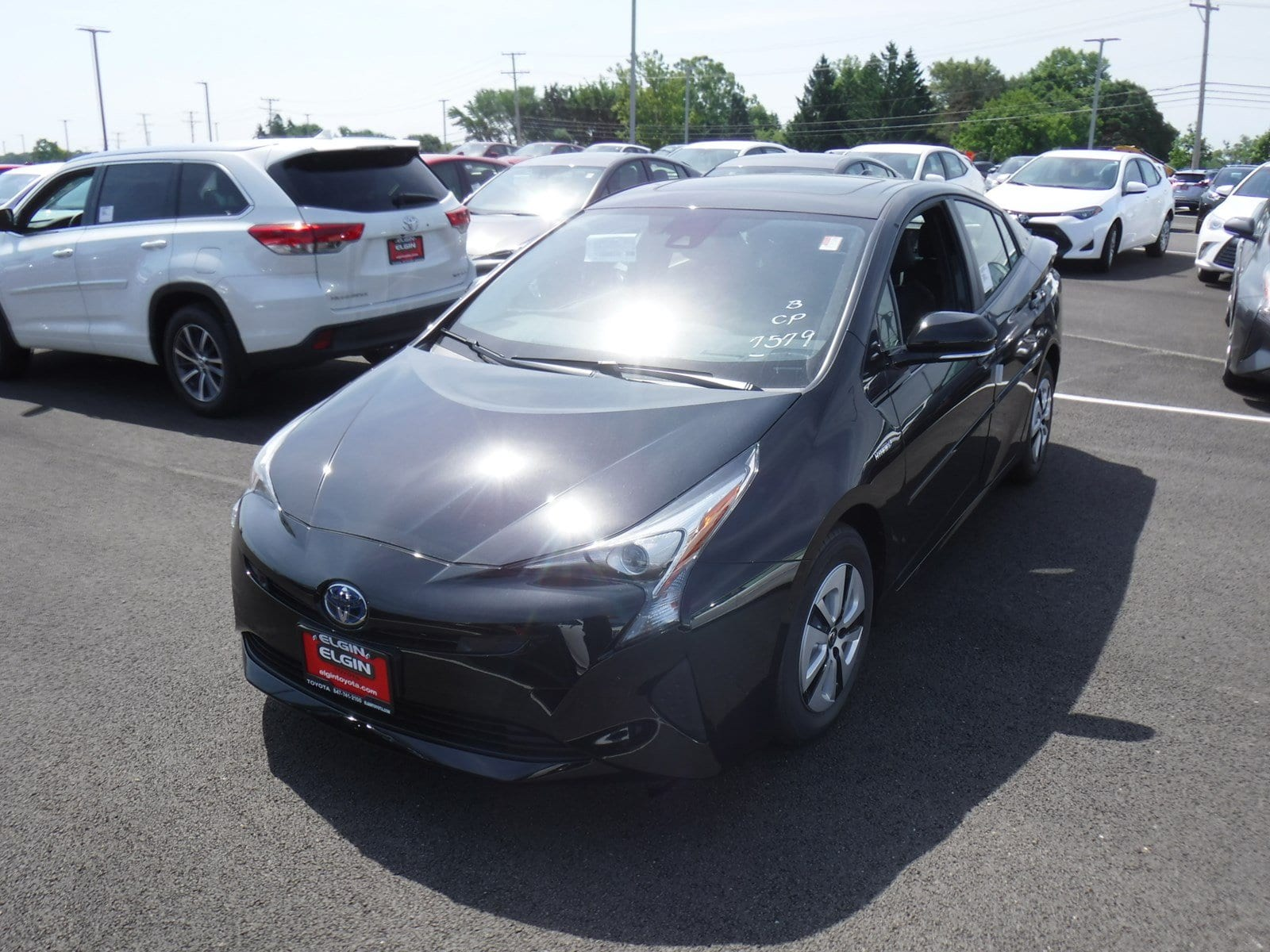 Photo Used 2018 Toyota Prius Four For Sale Streamwood, IL
