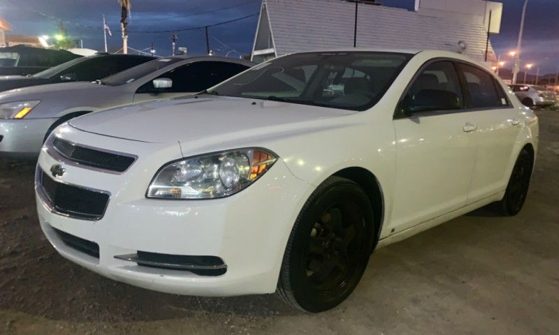 Photo 2009 Chevrolet Malibu LS LOW MILES EXCELLENT CONDITION BLACKED OUT