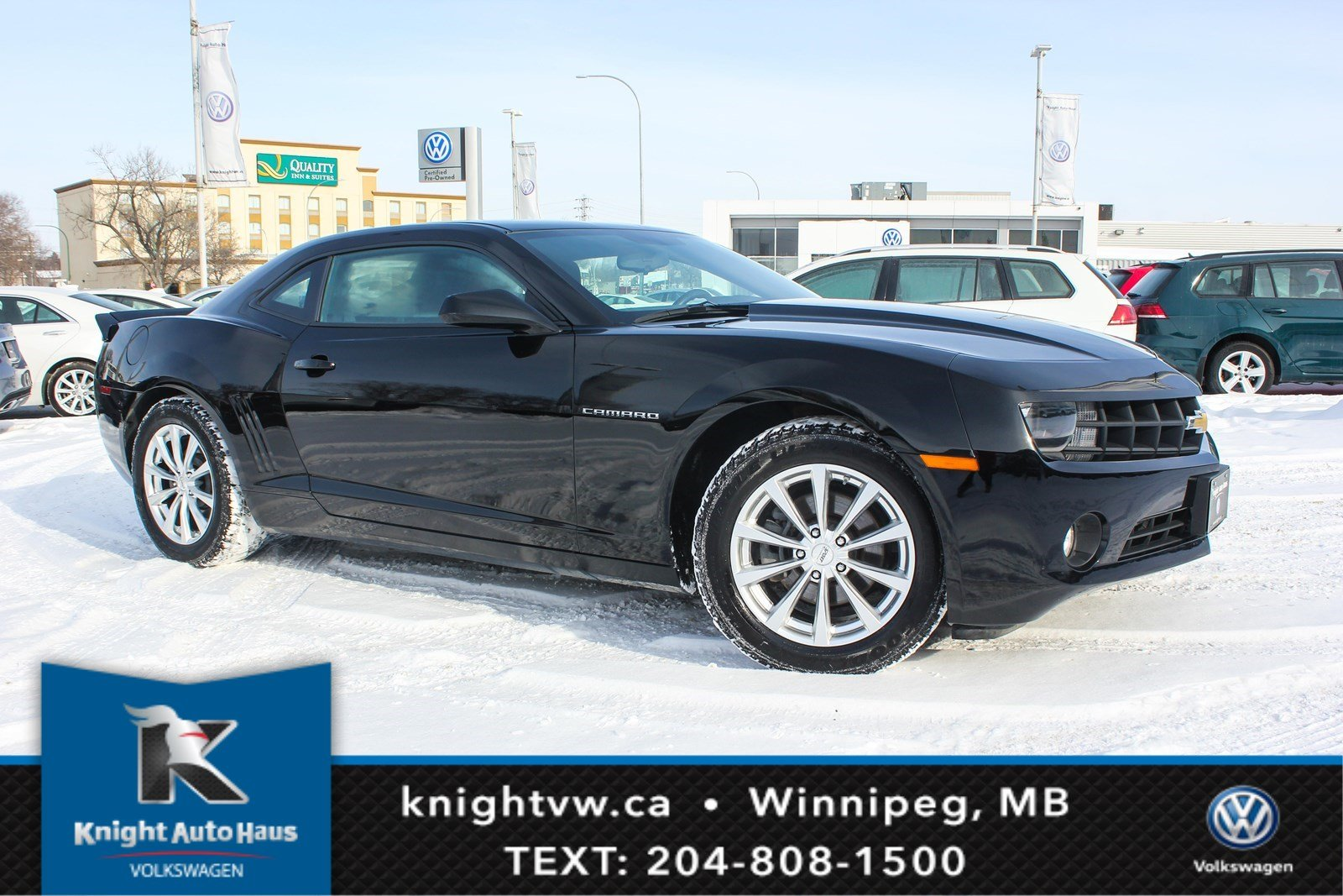 Photo Pre-Owned 2011 Chevrolet Camaro 1LT Winter Tires and Rims RWD 2dr Car