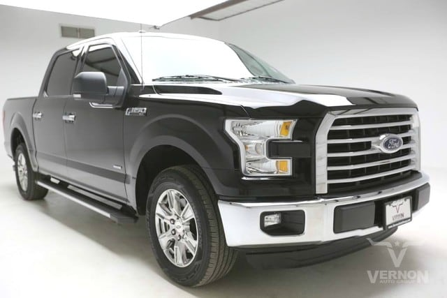 Photo Used 2016 Ford F-150 XLT Texas Edition Crew Cab 2WD in Vernon TX