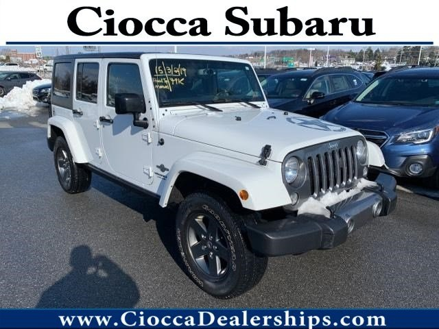 Photo Used 2015 Jeep Wrangler Unlimited Freedom Edition For Sale in Allentown, PA