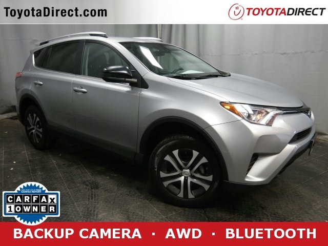 Photo 2017 Toyota RAV4 LE SUV All-wheel Drive