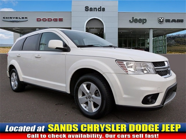 Photo 2012 Dodge Journey SXT SUV For Sale in Quakertown, PA