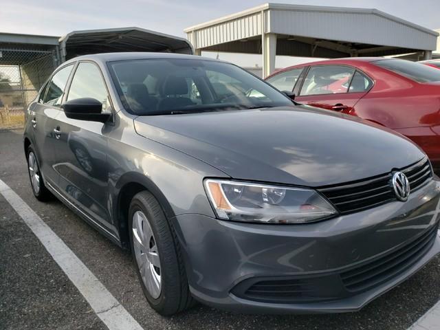 Photo 2014 Volkswagen Jetta 2.0L TDI Value Edition in Jacksonville