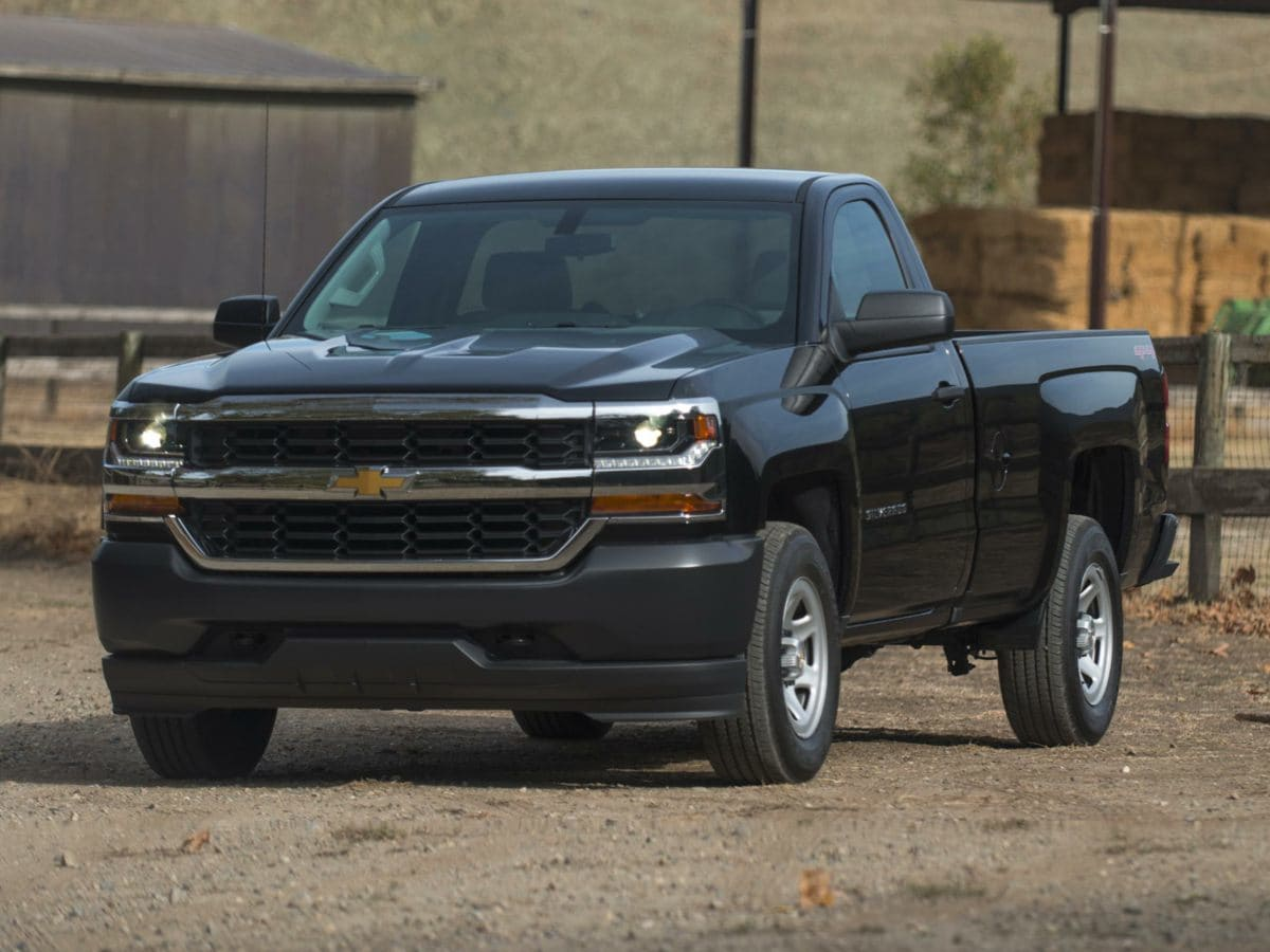 Photo Used 2018 Chevrolet Silverado 1500 LT Truck For Sale Findlay, OH