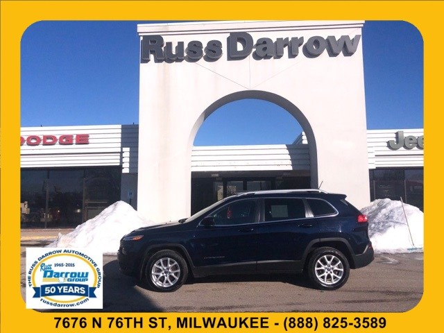 Photo 2016 Jeep Cherokee Latitude FWD SUV For Sale in Madison, WI