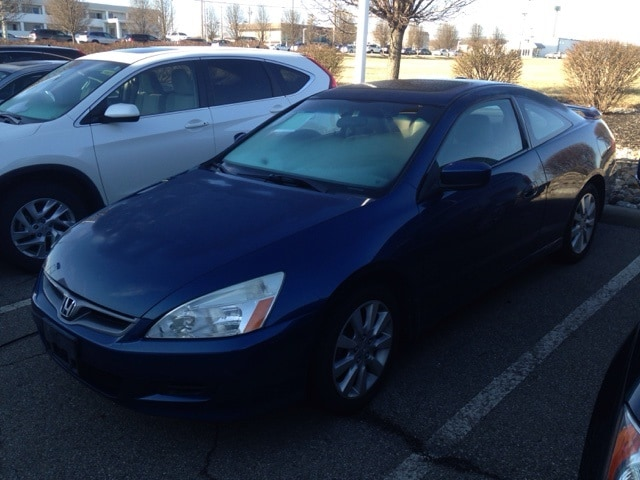 Photo Used 2006 Honda Accord 3.0 EX wAuto For Sale in Monroe OH