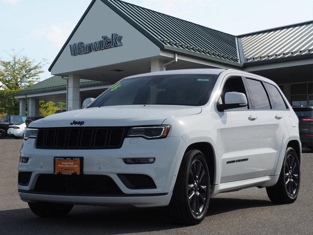 Photo Certified Pre-Owned 2018 Jeep Grand Cherokee High Altitude 4x4 Overland SUV in Warwick near Ramsey, NJ