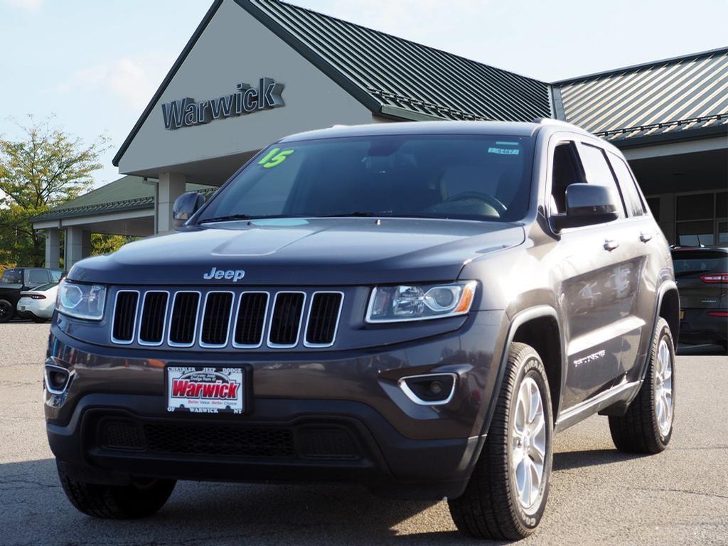 Photo Certified Pre-Owned 2015 Jeep Grand Cherokee Laredo 4x4 Laredo SUV in Warwick near Ramsey, NJ
