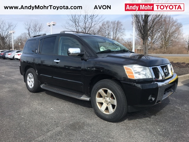 Photo Pre-Owned 2004 Nissan Armada LE 4WD 4D Sport Utility
